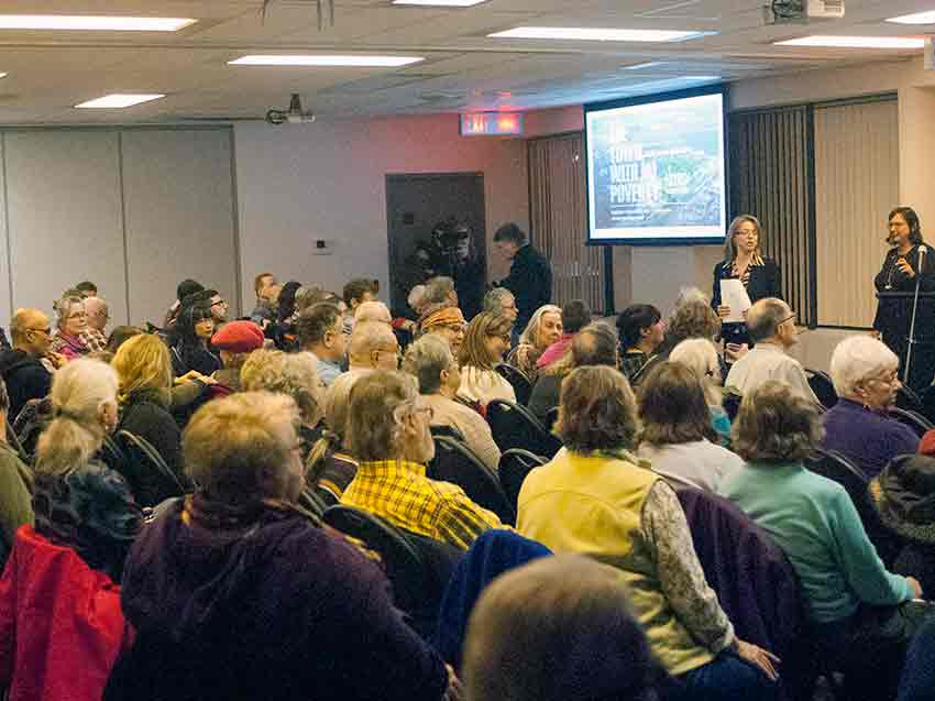 Audience gathering for Nourish Food Series